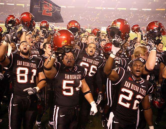 The Aztecs haven't taken part in the bowl season since 1998, when they lost to North Carolina 20-13. San Diego State had a chance to tie the game late in the fourth quarter, but Brian Russell threw an interception at the goal line.