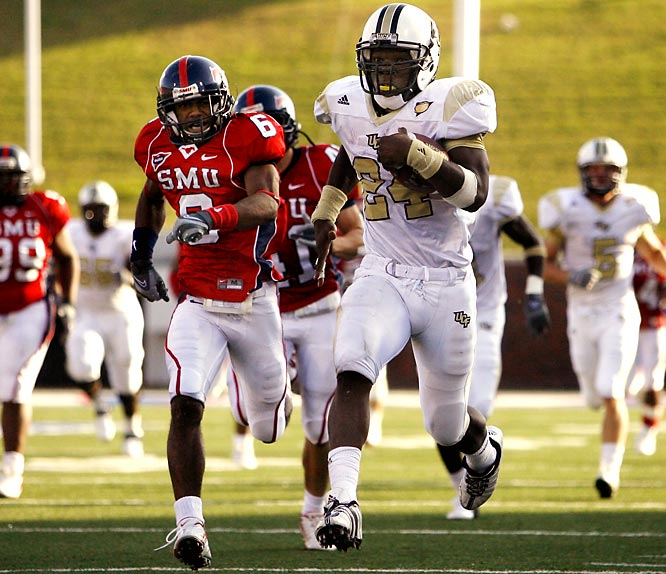 GROUND VS. AIR.<br><br>This game features two of the most explosive offensive players in America: UCF RB Kevin Smith and Tulsa QB Paul Smith. Smith leads the nation in rushing (180.33 yards per game), while Smith ranks third in passing efficiency and second in total passing yards (4,327).