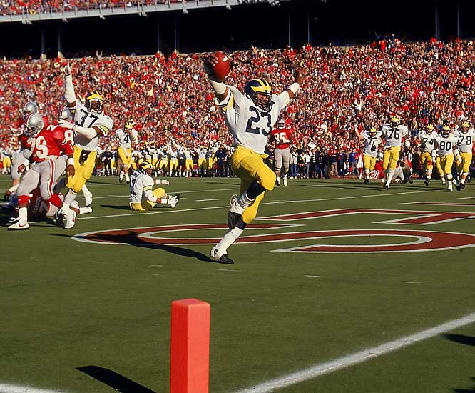 How does one rank the top 10 Michigan-Ohio State football games since 1950? We went to the experts at The Wolverine (for link to website, see below) and they gave us their list -- promising, of course, to quell any Michigan pride.<br><br>Michigan quarterback Jim Harbaugh publicly guaranteed the Wolverines would win in Columbus, and kept his promise. Michigan fell behind 14-3, but running back Jamie Morris' 210 yards and two touchdowns and a late, missed field goal by OSU kicker Matt Frantz helped send the Wolverines to Pasadena.