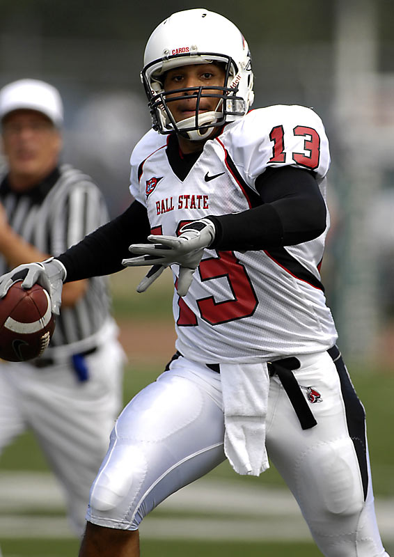 After starting seven games as a true freshman in 2006, Davis has really come into his own in his first full season as Ball State's No. 1 signal caller. The sophomore boasts a 21-to-4 touchdown-to-interception ratio, having thrown at least one touchdown pass every game.