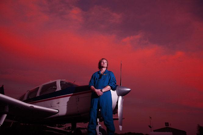 Pilot Stuart Hirsch , TML Aircraft, Cherryrich, Pa.