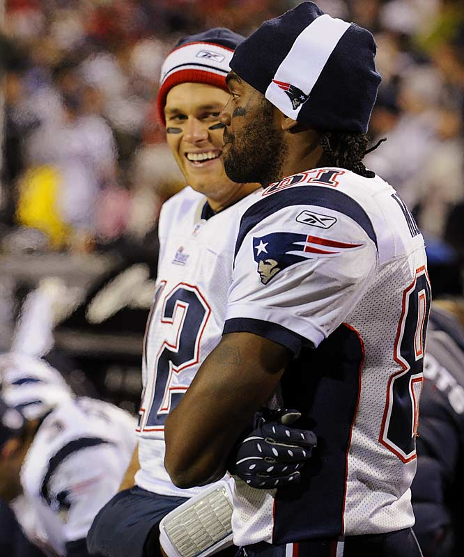 Tom Brady had a lot to smile about, going 31-for-39 for 373 yards and five touchdown passes, four to Moss, as the Patriots became the 10th team since 1970 to start a season 10-0.