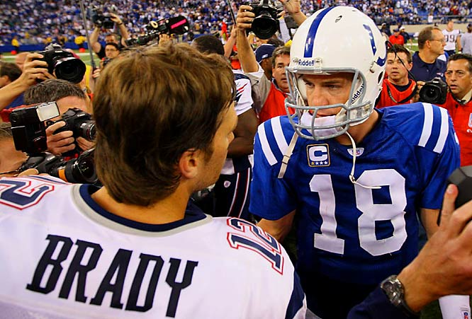 Tom Brady's Patriots beat Peyton Manning and the defending Super Bowl champion Colts 24-20 in the first meeting of undefeated teams this late in an NFL season.