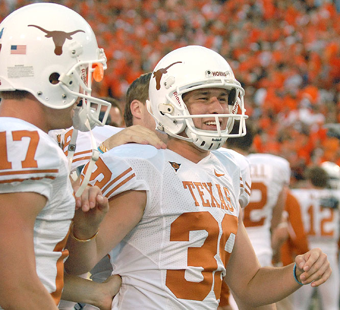 Ryan Bailey kicked a 40-yard field goal as time expired to cap the Longhorns' rally from a 35-14 deficit entering the fourth quarter.
