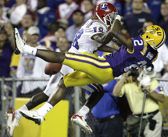 LSU, which improved to 17-1 against Louisiana Tech, rolled up 595 total yards against the Bulldogs' defense.