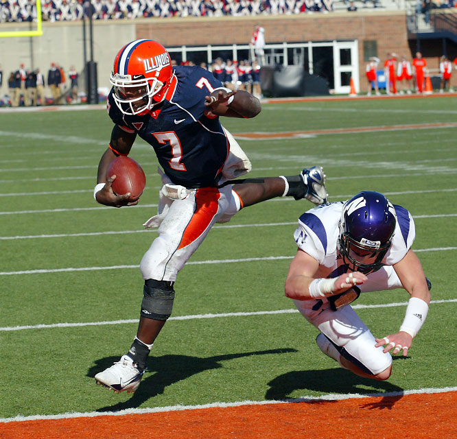 One week after knocking off No. 1 Ohio State, the Fighting Illini cruised past the Wildcats. QB Juice Williams (pictured) once again paced the Illinois offense, running for 136 yards and two touchdowns and throwing for 220 yards and another score.