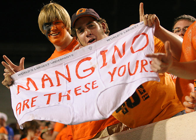 An Oklahoma State fan gives a rare glimpse into the private life of Kansas Coach Mark Mangino.
