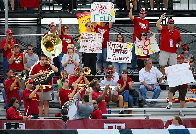 The USC band (along with a group of students) show their support during the Trojans' 2-0 victory over FSU in the Womens College Cup championship.