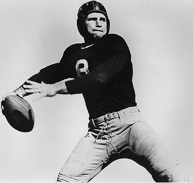 O'Brien led the Horned Frogs to an undefeated season in 1938, including a 15-7 victory over Carnegie Tech in the Sugar Bowl. That year, he became the first player to win the Heisman, Maxwell and Walter Camp trophies in the same year. The award for the country's best quarterback is named in his honor.<br><br>Runner-up: <br>Harold Muller, End, Cal (1921-23)