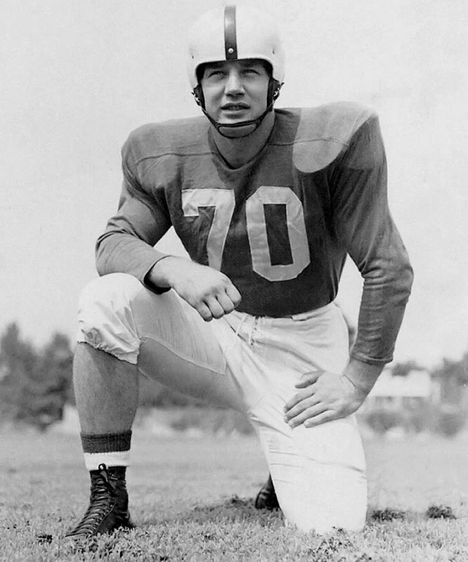 A two-way starter at tackle, Gain won the 1950 Outland Trophy while also serving as the Wildcats' placekicker. He helped Kentucky to a 10-1 regular-season record, its first Southeastern Conference title and a victory over Oklahoma in the Sugar Bowl.<br><br>Runner-up: <br>Steve Niehaus, DT, Notre Dame (1972-75)