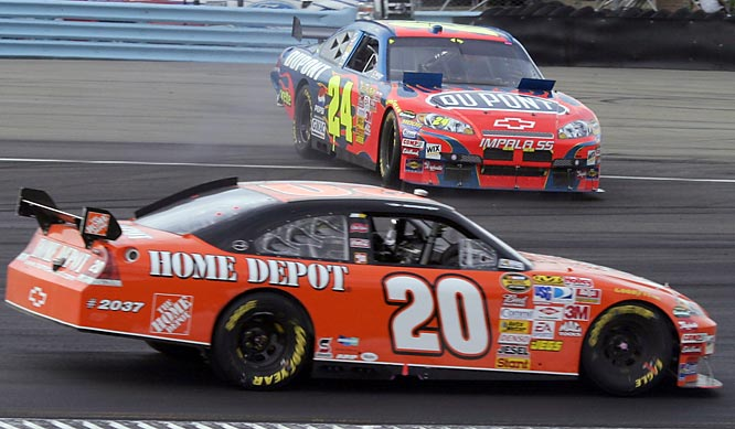 Tony Stewart spun out of the lead and dropped back to 18th before charging back to the front. The No. 20 pressured Jeff Gordon into a spin with two laps left to take a memorable victory.