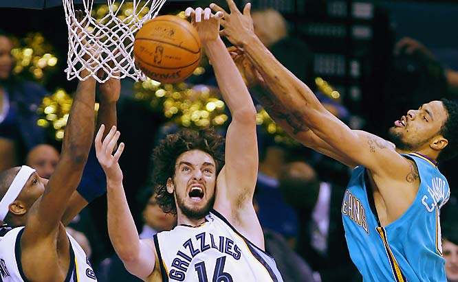 He's no longer requesting a trade from Memphis, but he might get one anyway if he doesn't pick it up. The 7-foot Spanish forward, an All-Star in 2006, is averaging career lows in scoring (16.6), rebounds (7.2) and blocks (1.4). Gasol is still getting adjusted to new coach Marc Iavaroni's system and will probably get back to form in due time. Last year he also started slowly after coming back from a foot injury and wound up with the best numbers of his career.