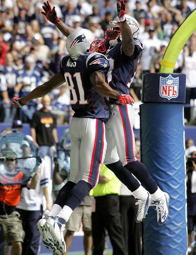 In a much-anticipated game against the unbeaten Cowboys in Dallas, the Patriots were in unfamiliar territory, trailing in the second half for the first time all season. Donte Stallworth's 69-yard TD catch in the fourth quarter helped New England pull away, turning a close game into a rout.