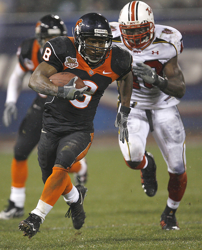 Yvenson Bernard finished off his storied career at Oregon State in a fitting fashion, rushing for 177 yards and a touchdown. Freshman James Rodgers (pictured) offered a glimpse of the future, adding 115 rushing yards of his own.