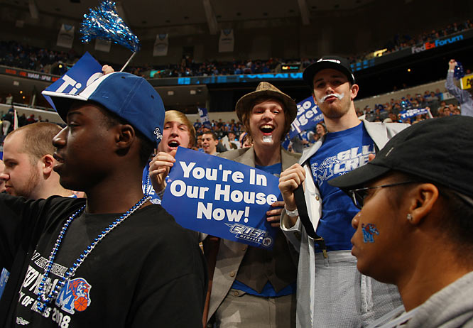 Memphis fans enjoy life as the nation's top-ranked team.