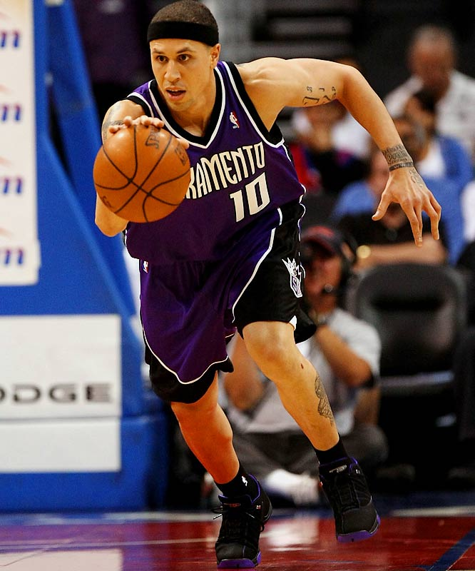 Soon to be 30 years old, and with visions of conference title series still dancing in the recesses of his head, the Kings' point guard isn't looking to oversee the rebuilding project facing his team of seven years (in addition, Beno Udrih played well as the starter while Bibby sat out two months with a thumb injury). Cleveland is interested in Bibby, as are the Heat and any number of teams in search of a veteran point who can stroke the three-pointer.