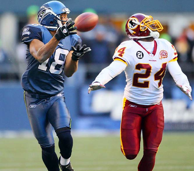 After Washington took a fourth-quarter lead, Seattle wide receiver D.J. Hackett countered with the go-ahead touchdown reception from Matt Hasselbeck.