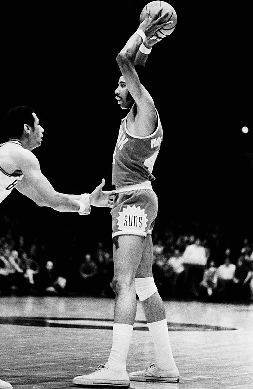 His picaresque journey to the Hall of Fame included tours with the Harlem Globetrotters, the Pittsburgh Rens of the American Basketball League, the Pittsburgh Pipers of the American Basketball Association and three different NBA teams during his last seven pro seasons. But the legend of Connie Hawkins was forged on the playgrounds of Bedford-Stuyvesant, where his soaring, acrobatic dunks have entered Brooklyn folklore.