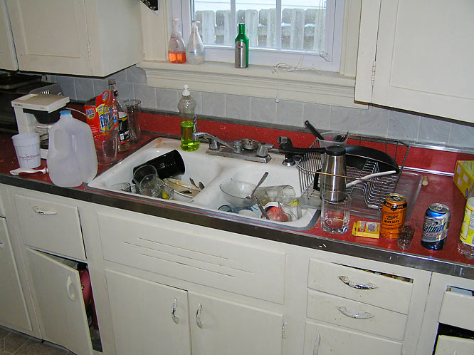 Tribe baseball players like to use all available kitchen space (mostly the sink) to store their dishes -- clean and dirty.