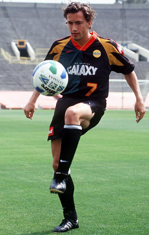 During the peak of <i>Melrose Place</i>, Andrew Shue slipped away to play for the Los Angeles Galaxy during its inaugural season, recording one assist in five games.