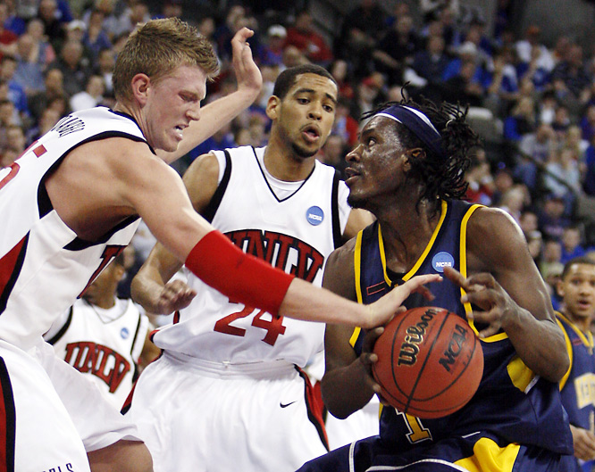 This game was over shortly after the opening tip, as the Rebels held Kent State to just 10 first-half points, tying an NCAA record.