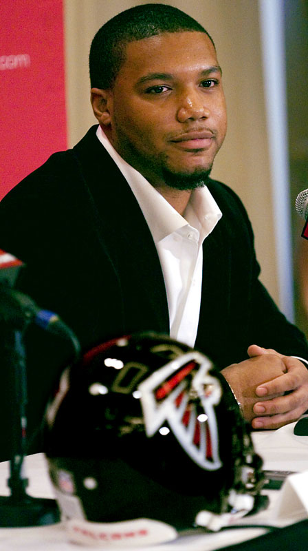 Turner cited Atlanta's aggressiveness as the main reason he inked a six-year, $34.5 million contract with the team. The Falcons targeted Turner, a four-year backup to LaDainian Tomlinson in San Diego, and envision a backfield similar to the one employed in Jacksonville, with Turner being the Fred Taylor power back and Jerious Norwood playing the role of Maurice Jones-Drew. The Jags comparison is appropriate given new Falcons coach Mike Smith's experience as a defensive coordinator in Jacksonville the past five seasons.