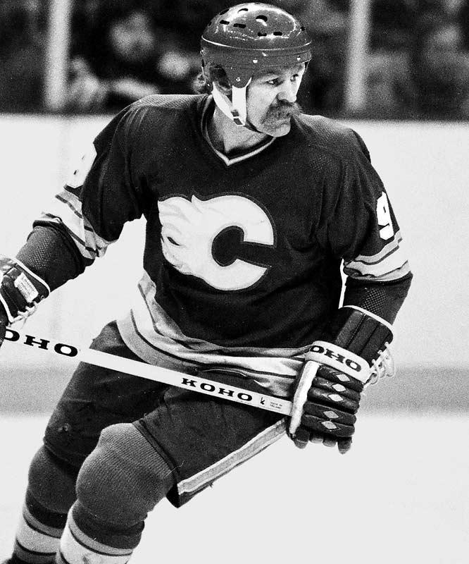 1982-83: <i>66</i> in 80 games <br><br>A reliable 30- or 40-goal man, the Flames' distinctive right wing reached his career-high 66 in 1982-83 in a memorable goal-scoring duel with Wayne Gretzky, who finished with 71. Interestingly, McDonald failed to break the 100-point mark that season, but he won the Masterton Trophy for perseverance, sportsmanship and dedication to hockey.