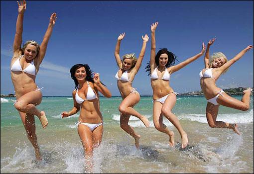 World's Largest Bikini Photoshoot