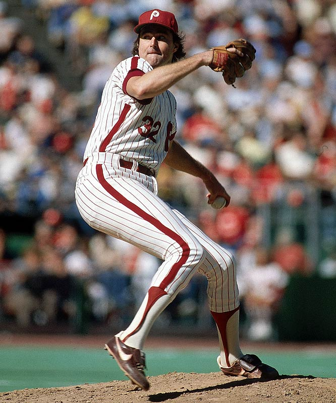 Lefty battled his contemporary Nolan Ryan for both the all-time strikeouts record and longevity in the league. Carlton reached his 3,000th strikeout in 1981 and fanned 4,136 over his illustrious 24-year-career.