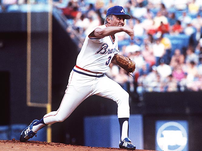 Equipped with a knuckleball that flabbergasted opponents for 24 seasons, Knucksie entered the elite club in1984. Throwing his last pitch at the tender age of 48, Niekro, who logged at least 200 innings in 20 seasons, ended his career with 3,342 strikeouts.