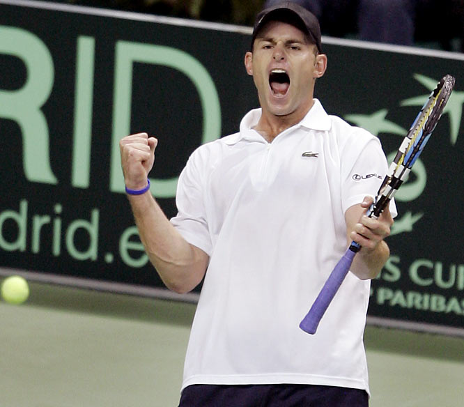 Andy Roddick won two singles matches in three days to help the U.S. advance past France in Davis Cup and into a semifinal matchup against Spain. The U.S. is the defending Davis Cup champion.