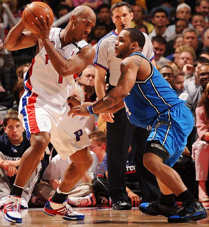 Chauncey Billups blew past the Magic whenever he wanted off the dribble as the Pistons defeated Orlando for the eight straight time in their playoff history.