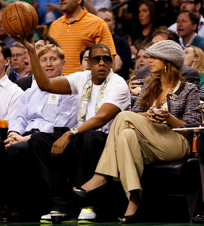 Jay-Z wanted to throw up a jump ball at Wednesday's Cavs-Celtics game.