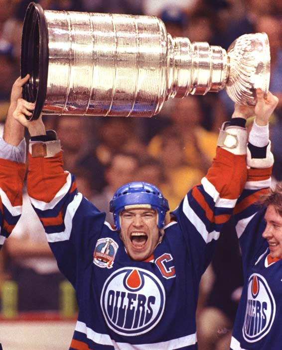 The Edmonton Oilers win their fifth Stanley Cup in seven seasons by beating the Boston Bruins, 4-1, in Game 5.