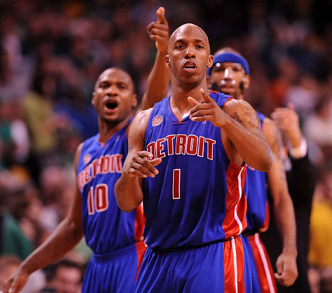 """""""Hurt or not, I still have to play better and fight through it,"""" said Pistons guard Chauncey Billups, alluding to his strained right hamstring."""