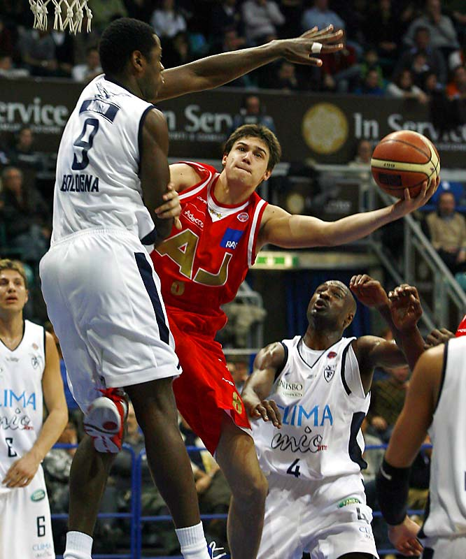 As a versatile 19-year-old with deep shooting range, Gallinari has been the best player on his team in the Serie A and the tough Euroleague. He is the top international prospect and one of the more skilled players in the draft.