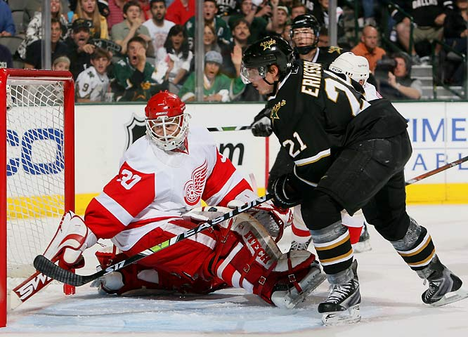 The game featured two disputed goals in the second period -- one of which was waved off (Detroit's Tomas Holmstrom did not appear to be in the crease when a shot by Pavel Datsyuk sailed into the net to put Detroit up 1-0) and one that stood (Dallas' Loui Eriksson, who clearly was in the crease before the puck arrived), giving the Stars their first lead of the series. Crusty veteran Mike Modano's first goal in eight games -- a power play one-timer at 5:38 of the third period -- kept the Stars alive in the series.