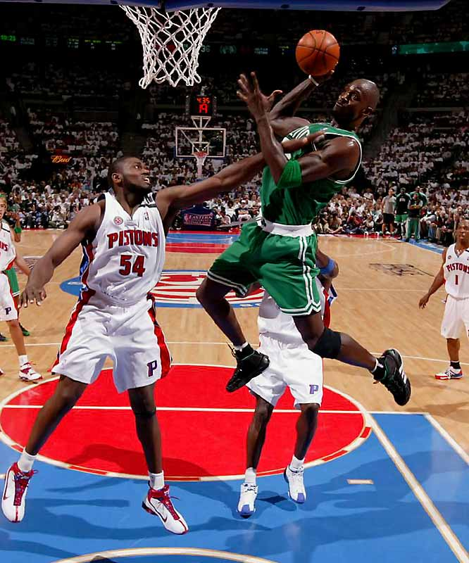 Kevin Garnett, Ray Allen and Paul Pierce combined for 47 points to give the Celtics a 94-80 win over the Pistons in Game 3 of the Eastern Conference finals and a 2-1 lead in the series.