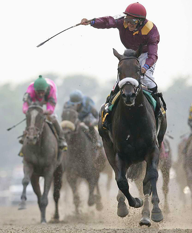 Jockey Alan Garcia takes Da' Tara to the wire in winning the 2008 Belmont Stakes.