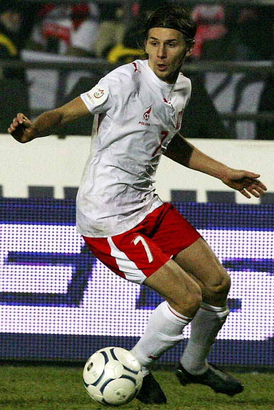 The pedigree is there: Smolarek's father was a member of the Poland team that finished third at the 1982 World Cup. The 27-year-old midfielder scored nine goals in qualifying, including a hat trick within a 10-minute span against Kazakhstan. Domestically, Smolarek plays for Racing de Santander in the Spanish First Division, scoring four goals in 28 games this past season and helping the team qualify for next year's UEFA Cup for the first time in club history.