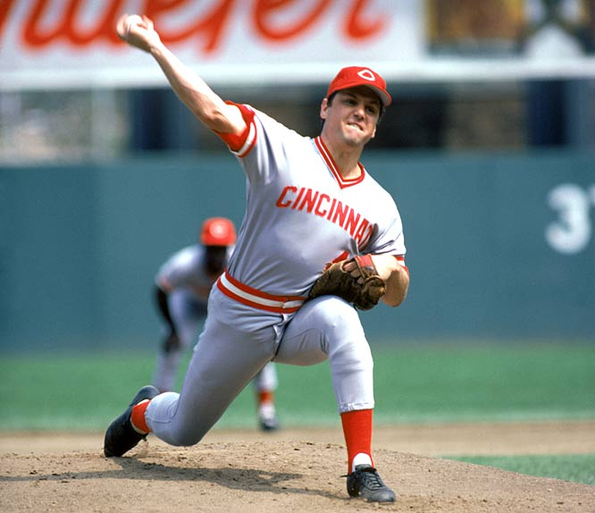 Tom Seaver throws the first no-hitter of his career in a 4-0 victory over the Cardinals.