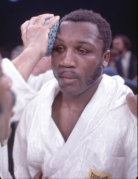 Joe Frazier TKOs Jerry Quarry in seven rounds to maintain the heavyweight boxing title.
