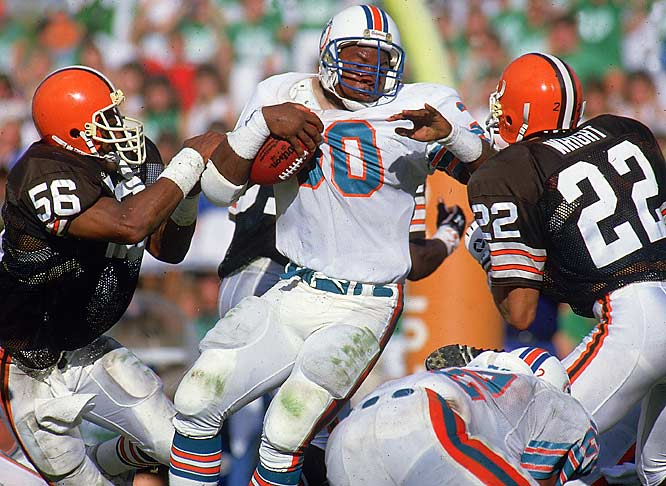The Browns had sprinted out to a 21-3 lead midway through the third quarter thanks to a pair of Earnest Byner scoring runs and an Ozzie Newsome touchdown catch. But Dan Marino and running back Ron Davenport keyed a furious Miami comeback, as the Dolphins closed the game with 21 unanswered points to secure a 24-21 victory.