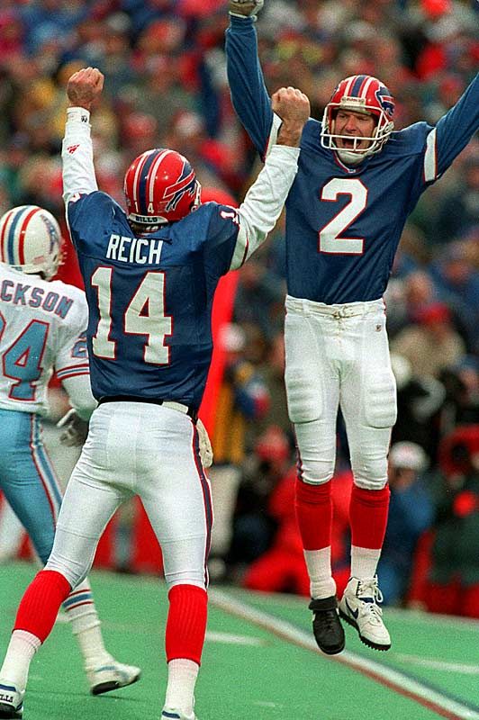 After falling behind 35-3 in the third quarter, Buffalo rallied to tie the game thanks to a heroic performance by backup quarterback Frank Reich. Houston won the toss but Warren Moon's interception returned possession to the Bills. Steve Christie's 32-yard field goal would give Buffalo the unlikely 41-38 victory and complete the largest comeback in NFL history.