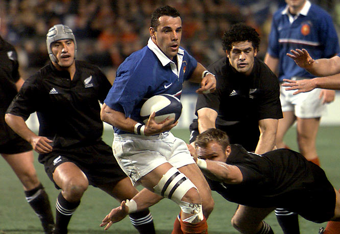 It was no surprise when France was 24-10 behind the heavily favored All Blacks of New Zealand at the half. What was shocking to everyone involved was Les Bleus' second-period surge, led by Christophe Lamaison's 28-point performance, to upset the Kiwis 43-31.