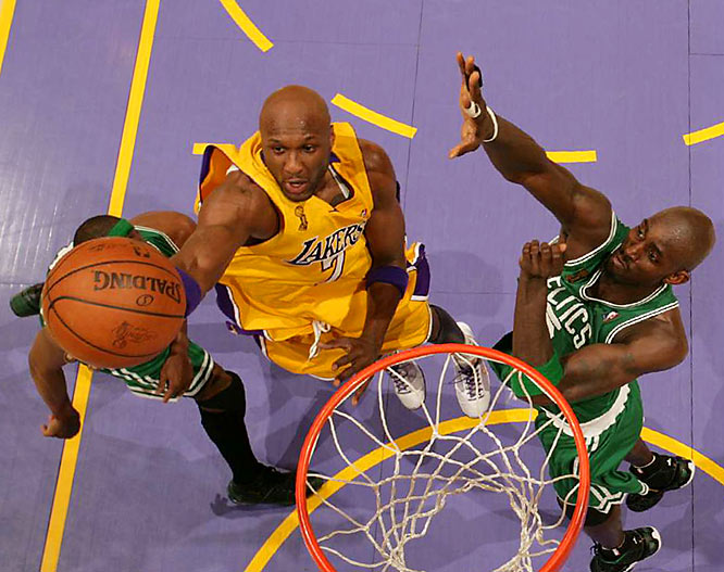 Lamar Odom didn't do much to help the Lakers' cause, scoring just four points (zero in the fourth quarter).
