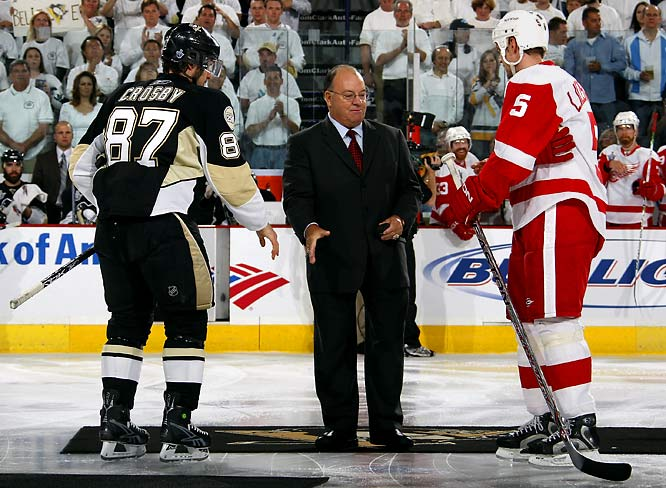 Scott Bowman dropped the ceremonial first puck as scene shifted to Mellon Arean in Pittsburgh for Game 3. The legendary Hall of Fame coach guided the Red Wings to their 1997, 1998 and 2002 Stanley Cups and the Penguins to the 1992 championship.