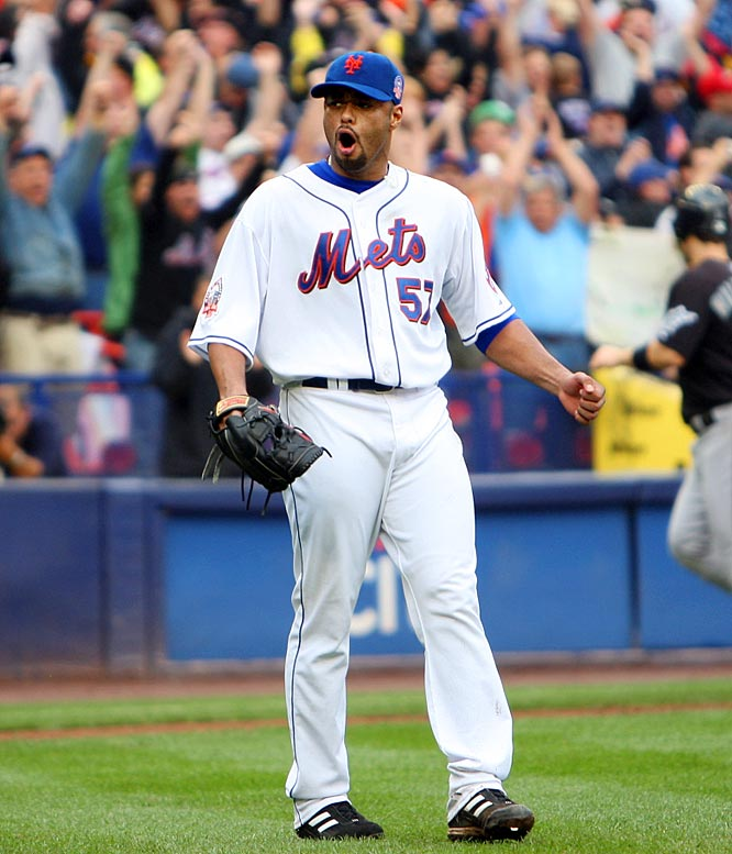 Unbeknownst to the Mets, Johan Santana pitched most of September with a torn meniscus, including a three-hit shutout of the Marlins on the next to the last day of the regular season. This after he had thrown a career-high 125 pitches three days earlier, in yet another victory that kept the Mets' playoff hopes alive. He had his best month in September, going 4-0 with a 1.83 ERA. Here are some others who played in pain.