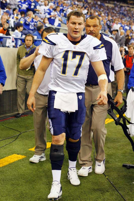 After a 21-12 loss to the Patriots in this year's AFC Championship Game, Chargers quarterback Philip Rivers revealed he had undergone arthroscopic surgery on his right ACL just a week before the game. Rivers completed 19 passes for 211 yards in the game, and had major surgery on the ACL three days later.