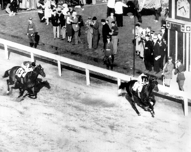 War Admiral, son of what many consider the greatest Thoroughbred racehorse of all time, Man o' War, won an impressive 21 of 26 starts, just behind rival Seabiscuit.